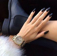 nails, watch, black nails, paznokcie, czarne,