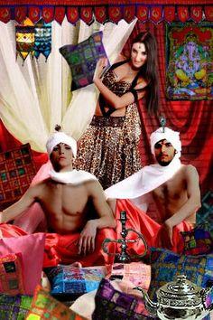 Indiase harem met kussens en textiel