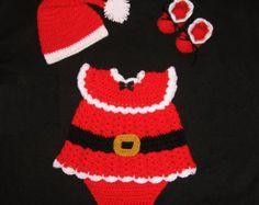 Watermelon Baby Girl Dress Set Newborn by CreativeDesignsbyAmi Baby Girl Crochet, Crochet Baby Clothes, Love Crochet, Crochet For Kids, Baby Set, Baby Patterns, Crochet Patterns, Vestidos Bebe Crochet, Crochet Photo Props