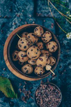http://fruit-fairy.com/recipe/no-bake-cookie-dough-balls/