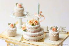 Dollhouse Cake - Peach Flower Naked Cake