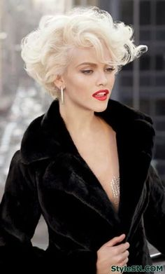 50 Best Short Blonde Hairstyles 2014 – 2015 - Hairstyles For All 2015 Hairstyles, Curly Bob Hairstyles, Short Curly Hair, Short Hairstyles For Women, Vintage Hairstyles, Hairstyles Haircuts, Short Hair Cuts, Bob Haircuts, 2018 Haircuts