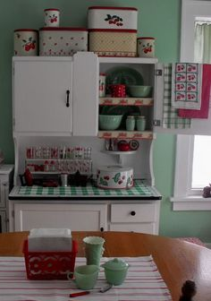 Vintage Kitchen Hoosier More - The Christmas decorations are put away, and there's a theme to what is replacing them. It's not a red metal toy theme. It's not a red Swanky Swig theme. {Even though there's a red Swanky Swig sporting its original label. Kitschy Kitchen, Decor, Kitchen Design, Kitchen Inspirations, Kitchen Decor, Vintage House, Vintage Kitchen, Retro Kitchen, Hoosier Cabinets