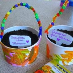 Gifts for mom diy mothers day kids Best ideas Creative Crafts, Diy Crafts For Kids, Kids Diy, Diy Gifts, Gifts For Kids, 1st Grade Crafts, Cadeau Parents, Mother's Day Diy, Mom Day