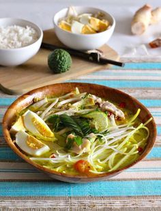 Soto Ayam is a traditional Indonesian soup deliciously flavored also served in Malaysia Singapore and Suriname. Veggie Recipes, Indian Food Recipes, Asian Recipes, Soup Recipes, Cooking Recipes, Healthy Recipes, Ethnic Recipes, Veggie Food, Cooking Tips