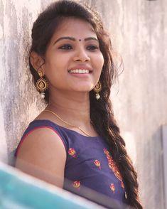 Indian Actress Hot Pics, South Indian Actress Hot, Most Beautiful Indian Actress, Actress Photos, Indian Actresses, Beautiful Girl In India, Beautiful Girl Photo, Beautiful Models, Beautiful Ladies