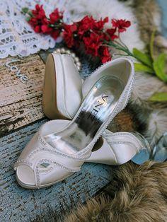 Wedding shoes bridal fashion custom shoe service available Bridal Shoes, Wedding Shoes, Special Occasion Shoes, Feel Unique, Bridal Fashion, Custom Shoes, Bridal Style, Wedding Accessories, Bride Shoes Flats