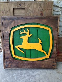 Unbelievable Break Down a Pallet The Easy Way Ideas. Staggering Break Down a Pallet The Easy Way Ideas. Pallet Crafts, Pallet Art, Pallet Signs, Wood Crafts, Pallet Ideas, Wood Signs, Old Pallets, Recycled Pallets, John Deere Room