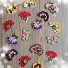 "Diy Crafts - Hobi ""Crocheted Flower Necklace Oya with semiprecious by fatwoman"", ""This post was discovered by İrf"", ""This post was discove Crochet Buttons, Bead Crochet, Crochet Motif, Crochet Designs, Crochet Lace, Crochet Earrings, Crochet Patterns, Crochet Stitches, Crochet Flower Scarf"