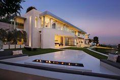 Brilliantly designed Bel Air home on steep terrain (Sarbonne Residence, Bel Air, Los Angeles, CA)