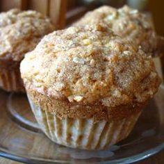 Muffins de maçã com cuca de canela @ allrecipes.com.br