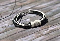 paper jewelry ☁ Armband Happy Soul Schwarz-Weiss (30515) www.s-chick.de ☁ #armband #schwarz #weiss #flower #blumen #geschenk #gift #armband #jewelry #braclet #schmuck #black #white