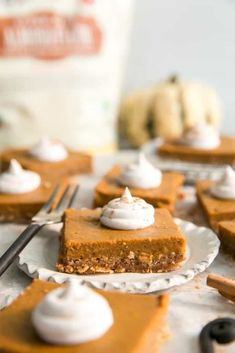 Healthy pumpkin pie bars made paleo friendly using coconut milk, plus a pecan almond flour crust. A simple recipe perfect for the holidays. Paleo Pumpkin Pie, Easy Pumpkin Pie, Healthy Pumpkin Pies, Homemade Pumpkin Pie, Pumpkin Pie Bars, Pumpkin Spice Syrup, Canned Pumpkin, Healthy Christmas Recipes, Holiday Desserts