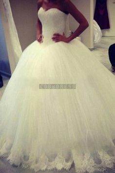 Ball Gown Sweetheart Lace Tulle Wedding Dress