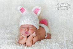 Bunny Hat Pattern Crochet Diaper Cover Pattern por SnassyCrafter