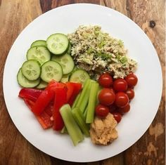 Love this 3 minute tuna salad dinner idea by @preventionpantry with Wild Planet Tuna with plain greek yogurt, Dijon mustard, green onion, dill, sea salt + pepper. She had it with a platter of veggies + hummus, how do you like to eat your tuna salad?