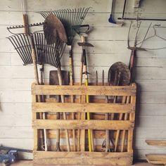garden tool storage rack