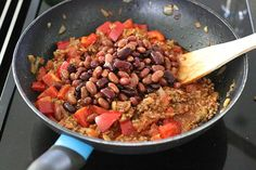 Chili con carne - Makkelijk zelf gemaakt! - Leuke recepten Spaghetti Bolognese, Om, Pasta, Chili Con Carne, Noodles, Ranch Pasta, Pasta Recipes