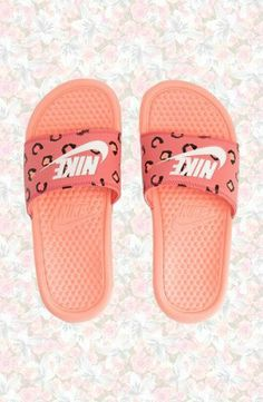 8175e9135c7d15  21 Running Shoes on. Nike SlippersNike SandalsSummer SandalsNike SneakersSummer  ...