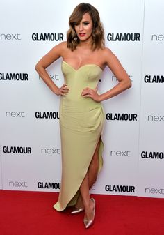 Pin for Later: Hollywood Se Mélange aux Stars Britanniques Lors des Glamour Women of the Year Awards Caroline Flack