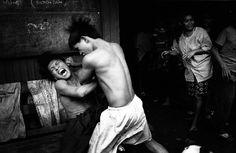 35 Fantastic Black and White Street Photographs - 121Clicks.com