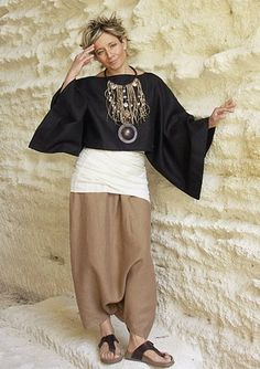 Wow..love this outfit...great statement necklace too!