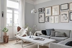 Amazing scandinaviana interior with fresh air Gallery Wall, Living Room, Interior, Home Decor, Pretty, Decoration Home, Indoor, Room Decor, Home Living Room