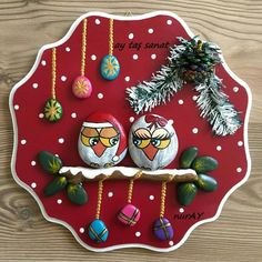 Easy Paint Rock For Try at Home (Stone Art & Rock Painting Ideas) Easy Painting Rock Ideas and Stone art by Ay Taşsanat Christmas Pebble Art, Christmas Rock, Christmas Owls, Christmas Scenes, Rock Painting Patterns, Rock Painting Ideas Easy, Rock Painting Designs, Stone Crafts, Rock Crafts