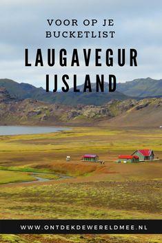 Liefhebber van wandelen? Boek een ticket naar IJsland! Hier vind je namelijk de mooiste wandeling OOIT! De Laugavegur in IJsland voert je dwars door prachtige natuur en is een waar paradijs voor hikers. Snel op je bucketlist dus!    #hiken #adventure #nature #wandelen #reizen Iceland Travel, Europe, Tips, Nature, Outdoor, Outdoors, Naturaleza, Outdoor Games, Nature Illustration