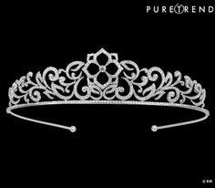 """Diadème """"Eden"""", Messika Diadème en or blanc et diamants. Prix sur demande. www.messika-joaillerie.com"""