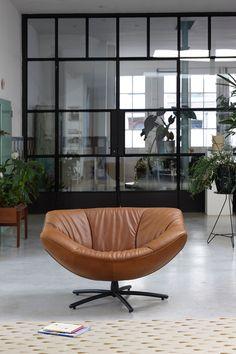 Combo Design is officieel dealer van Label!  ✓Gigi fauteuil makkelijk bestellen ✓ Gratis offerte aanvragen ✓ Altijd de scherpste prijs Bean Bag Chair, Label, Van, Lounge Chairs, Living Room, Armchairs, Furniture, Design, Home Decor