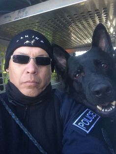 K9 Police officers and its handler.