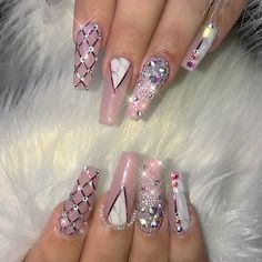 Here are some hot nail art designs that you will definitely love and you can make your own. You'll be in love with your nails on a daily basis. Cute Acrylic Nails, Cute Nail Art, Acrylic Nail Designs, Nail Art Designs, Ongles Bling Bling, Rhinestone Nails, Bling Nails, Bling Nail Art, Gem Nails