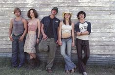 Still of Jessica Biel, Jonathan Tucker, Eric Balfour, Erica Leerhsen and Mike Vogel in The Texas Chainsaw Massacre