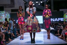 Une marque ghanéenne que nous ne connaissions pas et que nous découvrons à l'occasion de l'édition 2014 de la Glitz Africa Fashion Week à Accra. Très belles créations réalisées dans du pagne Vlisco. Couleurs éclatantes, coupes travaillées. Site web Glitz AFrica Fashion Week