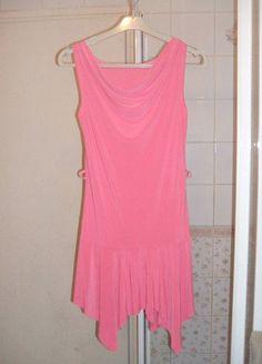 À vendre sur #vintedfrance ! http://www.vinted.fr/mode-femmes/robes-mini/25854027-robe-rose-avec-bas-irregulier-effet-voile