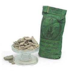 Ghassoul o Rhassoul puro, ideal para hacer tus mascarillas faciales y corporales, también para hacer champú y jabón, propiedades desengrasantes fabulosas, te lo recomendamos. Disponible en Gran Velada. #diy