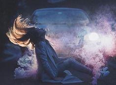 girl, smoke, and car Bild