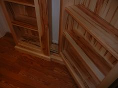 Great job using the patented murphy door hardware kit.  available at www.themurphydoor.com