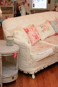 Antique Sofa Chenille Bedspread Slipcover Shabby Chic Wonderful - March 16 2019 at Shabby Chic Sofa, Shabby Chic Cottage, Shabby Chic Homes, Shabby Chic Furniture, Shabby Chic Decor, Vintage Furniture, Shabby Bedroom, Furniture Ideas, Green Furniture