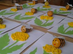 Kinder Surprise Egg Bees crafts for kids Spring Crafts For Kids, Crafts For Kids To Make, Summer Crafts, Projects For Kids, Diy And Crafts, Kids Crafts, Valentine Day Crafts, Easter Crafts, Diy Ostern