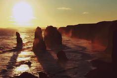 Throwback to this view of the twelve apostles along the great ocean road. What a sight  #greatoceanroad #australia #travel #adventure #sunset #nature #beauty #melbourne by afroraj