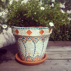 You're getting there: Hobby mosaic pot