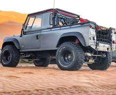 Land Rover Defender Pickup, Defender 90, Lander Rover, Jeep Scout, Land Rover Models, Land Rover Series 3, Badass Jeep, Range Rover Classic, Expedition Vehicle