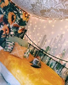 room makeover aesthetic 34 Lovely Yellow Aesthetic Room Decor Best For Bedroom - Your bedroom is one of the most private rooms in your home. It is your sanctuary and should be a welcoming place after a hard day of work and activiti. Cute Bedroom Ideas, Cute Room Decor, Room Ideas Bedroom, Sunflower Room, Sunflower Print, Sunflower Wall Decor, Yellow Room Decor, Summer Deco, Tumblr Rooms