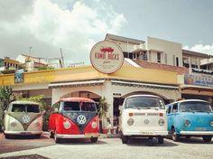 Kombi Rocks  Address:66 Yio Chu Kang Road,Serangoon, Singapore 545568 Opening Hours: Monto Thurs: 12pm - 3.30pm, 6pm - 10.30pm |Fri to Sun: 12pm - 11...