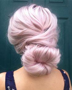 Simple tousled bun by Light Pink Hair, Pastel Pink Hair, Hair Color Pink, Hair Colours, Colors, Love Hair, Gorgeous Hair, Beautiful, Pretty Hairstyles