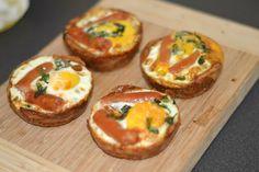 Æg bagt i tærtebund – Sunde madpakker Baked Potato, Tapas, Sushi, Snacks, Baking, Breakfast, Ethnic Recipes, Forslag, Inspiration