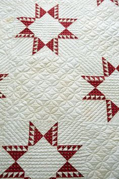 Ahh…theres nothing like a red and white quilt…After seeing this photograph taken of my guest bedroom from the American Patchwork & Quilting photoshoot, I want to make my own red/white sampler quilt. T