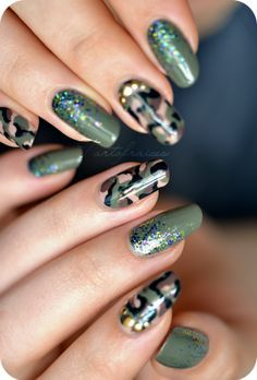 Nail art Army military camouflage Source by doubelbeatrice Military Nails, Army Nails, Nail Art Designs, Nail Polish Designs, Camo Nail Designs, Stiletto Nails, Toe Nails, Camo Nail Art, Country Nails